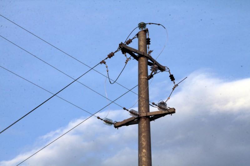Cavi elettrici tranciati