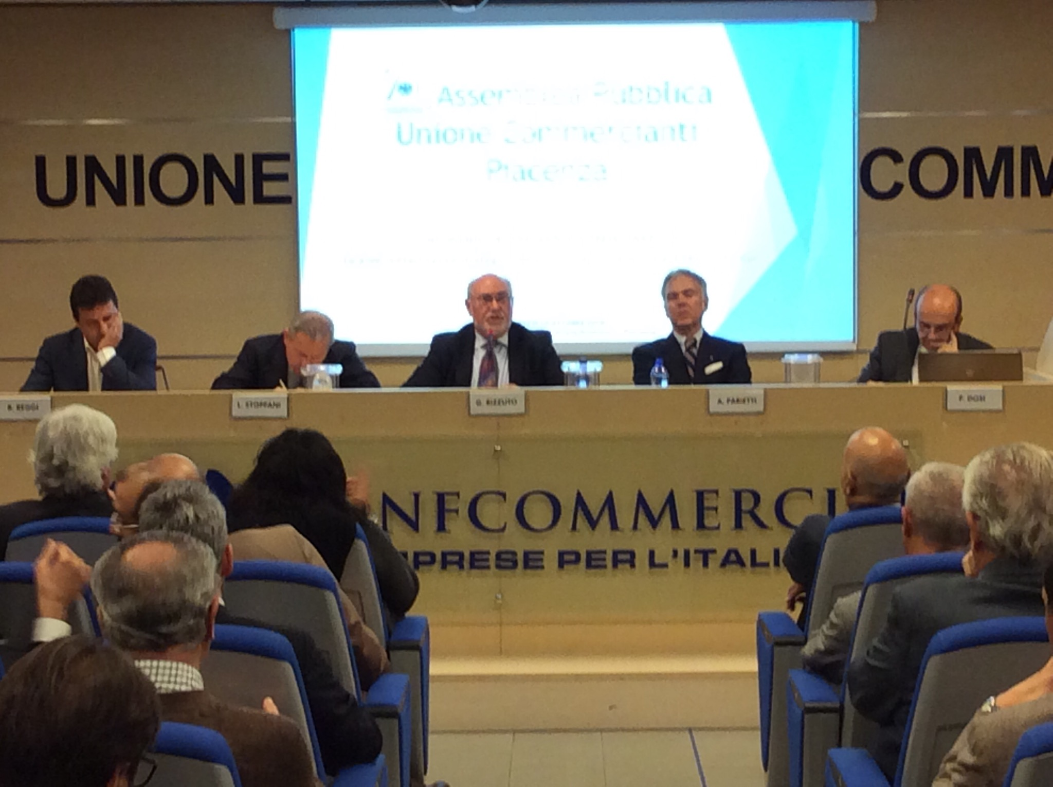 """Reggi sulle aree militari: """"Piacenza decida cosa fare da grande"""""""