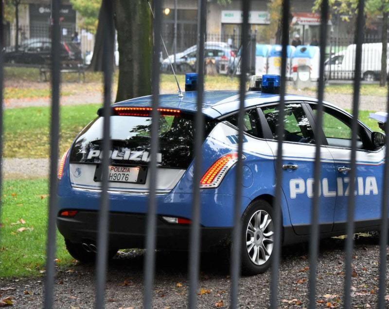 Polizia ai giardini Margherita (1)-800