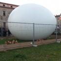 L&#8217;uovo-favola di Bertuzzi alla città. <br />&#8220;Ora mi dedico alla nebbia e alle stelle&#8221;