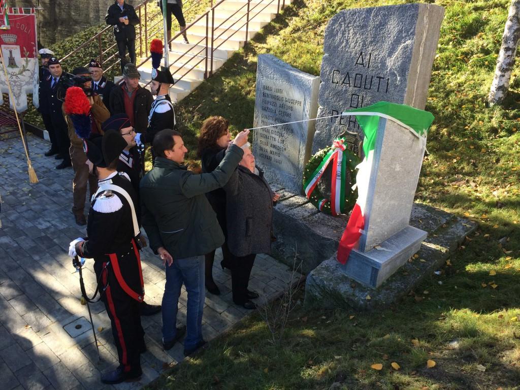 Stele per il carabiniere Giuseppe Cremona inaugurata a Cremona