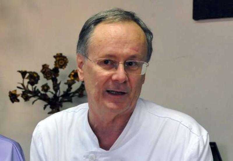 Premio solidarietà per la vita all'oncologo Luigi Cavanna