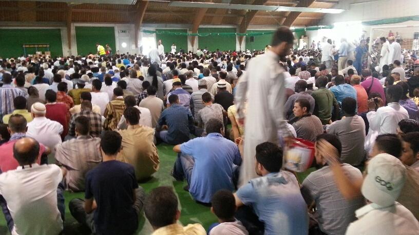 Fine Ramadan: la festa si fa nei campi da tennis per l'aumento dei partecipanti