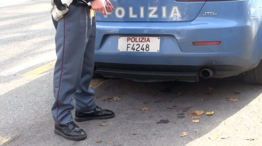 Polizia (4)