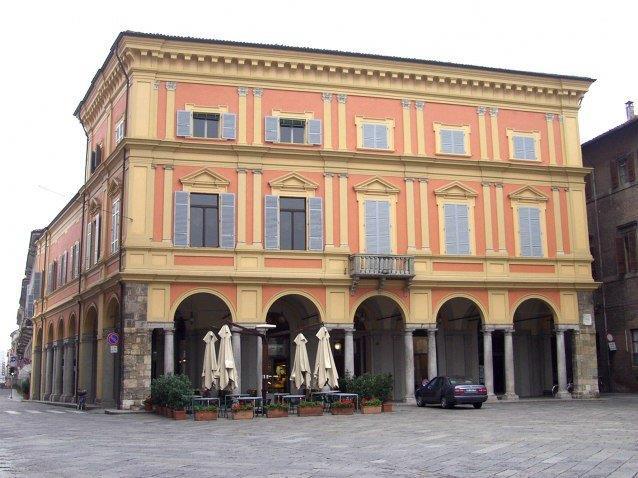 Piacenza crocevia di culture, venerdì video mapping su Palazzo Mercanti