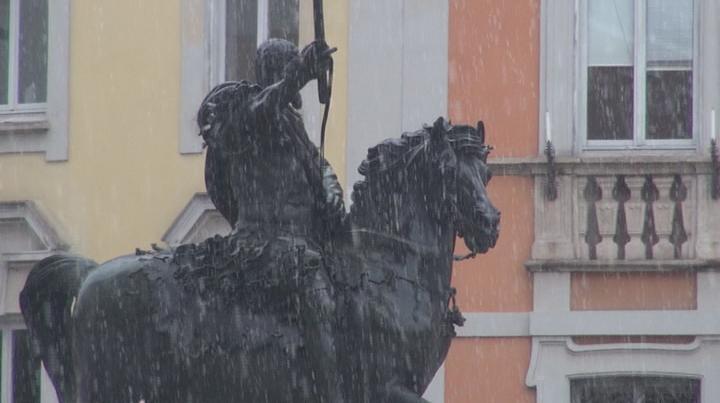Maltempo: la neve arriva anche in città, temperature gelide e pericolo nebbie nei prossimi giorni
