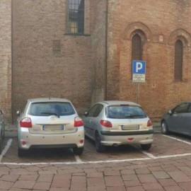 """San Giovanni in Canale, la rabbia dei residenti: """"Non ci sono più parcheggi"""""""