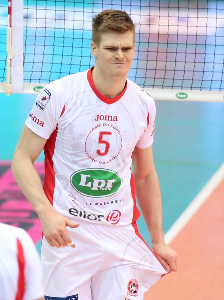 LPR volley