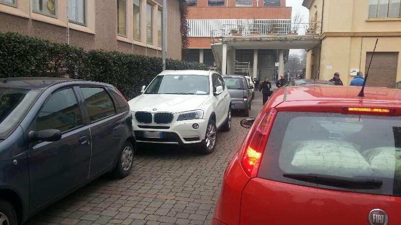 Parcheggio selvaggio all ospedale (10)