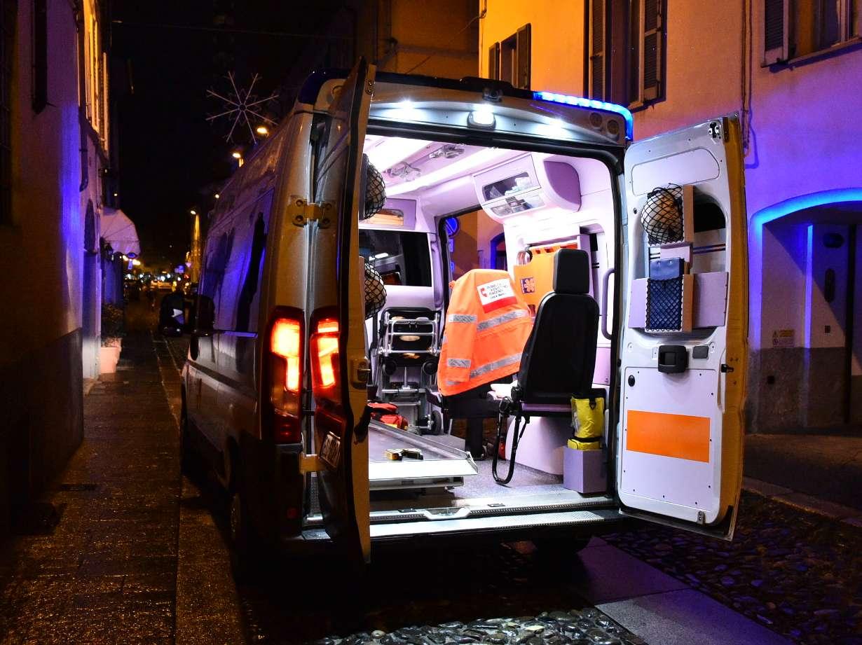 ambulanza di notte (fsl)