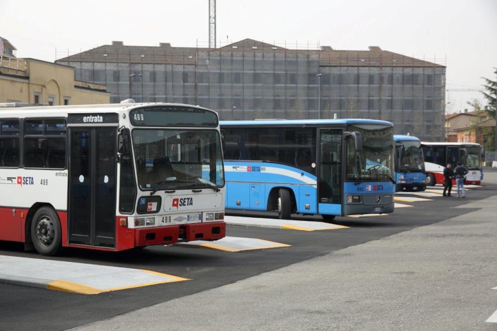 Nuova Staz.Autobus_02 (82)-1000