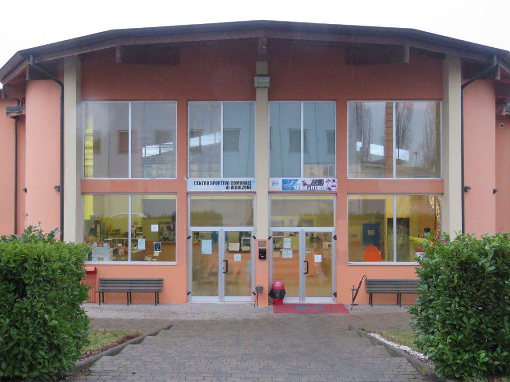 I: foto centro sportivo comunale vigolzone lenti