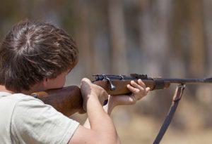 Parte un colpo accidentale, tragedia sfiorata durante la caccia