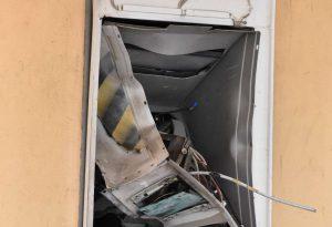 Sant'Antonio, esploso il bancomat delle Poste. Bottino di 70mila euro