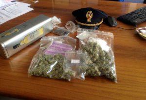 Sorpresi con la marijuana: denunciati due studenti di 16 e 19 anni
