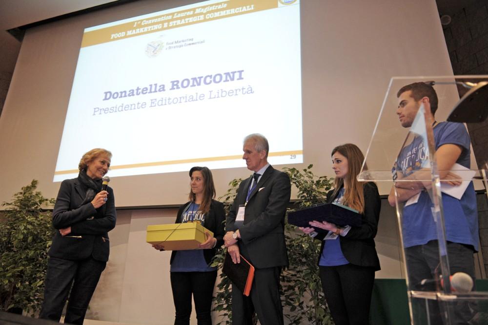 Cattolica, premiata Donatella Ronconi