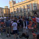 Chiellini-Pellè e super Buffon: l'Italia batte la Spagna. Piazza Cavalli esulta