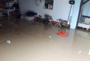 """Paderna allagata, rabbia dei residenti: """"Appena piove i canali esondano"""""""