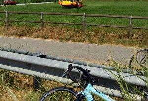 Ancora grave il ciclista travolto a Camairago. Introvabile l'auto dell'investitore