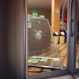 Seconda spaccata in poco più di due mesi al Bar Ketty di Roncaglia