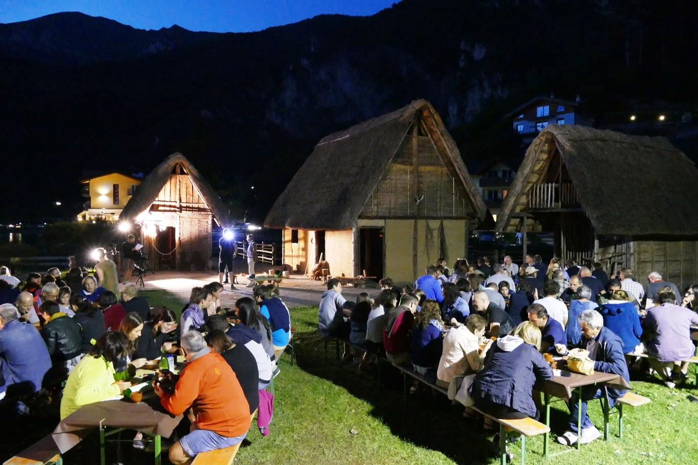 La Cena preistorica con le Palafitte di Ledro