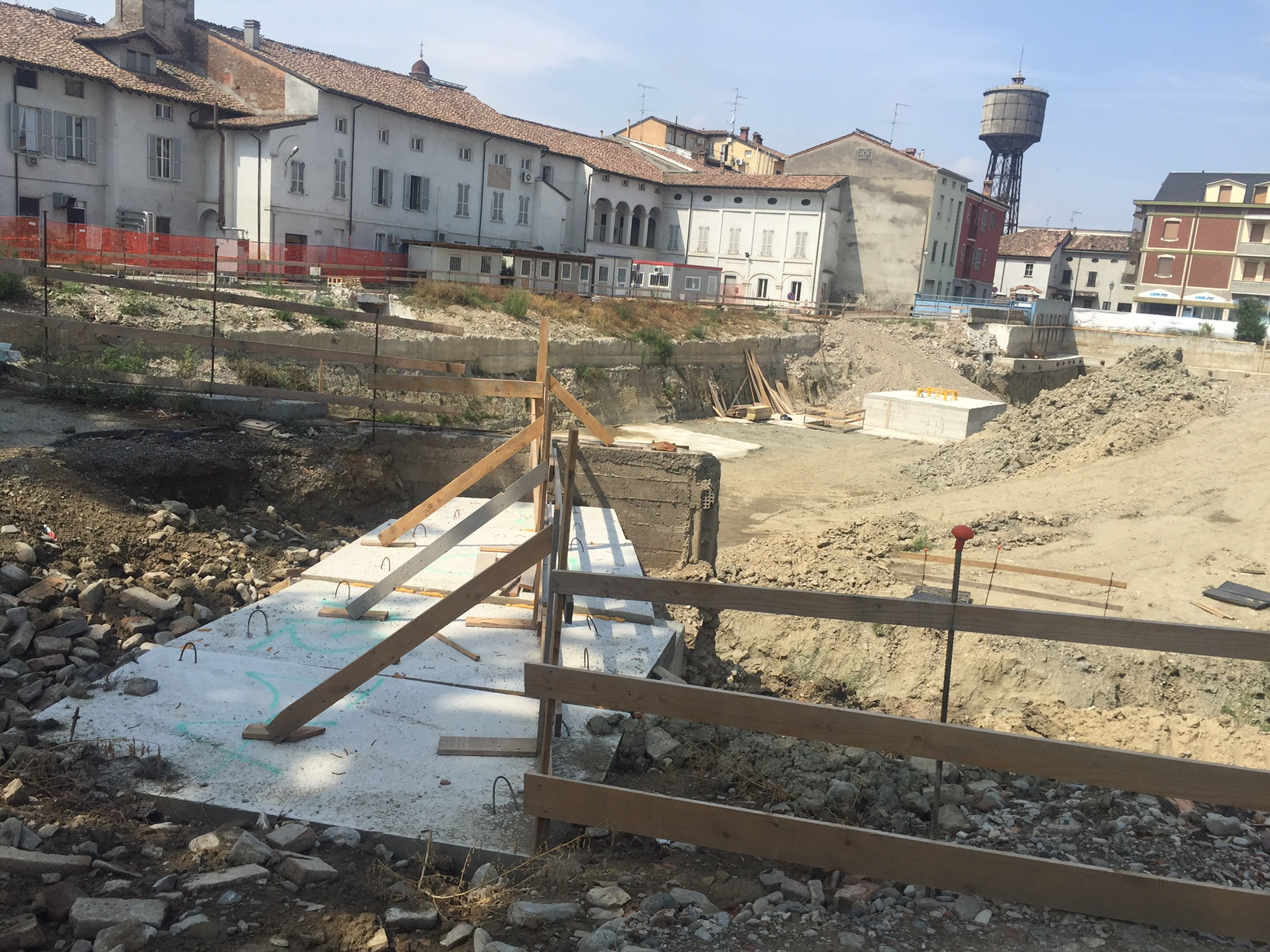 ospedale cantiere agosto