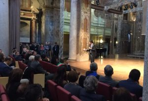 """Renzi ai Teatini: """"Vi ammiro, i valori di Piacenza sono quelli comunitari"""""""