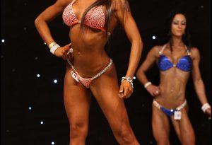 Body building tra muscoli e lustrini, Sara si prepara ai campionati italiani
