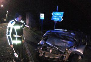 Paura lungo la Statale 45: scontro tra due auto all'incrocio di Pontevangaro