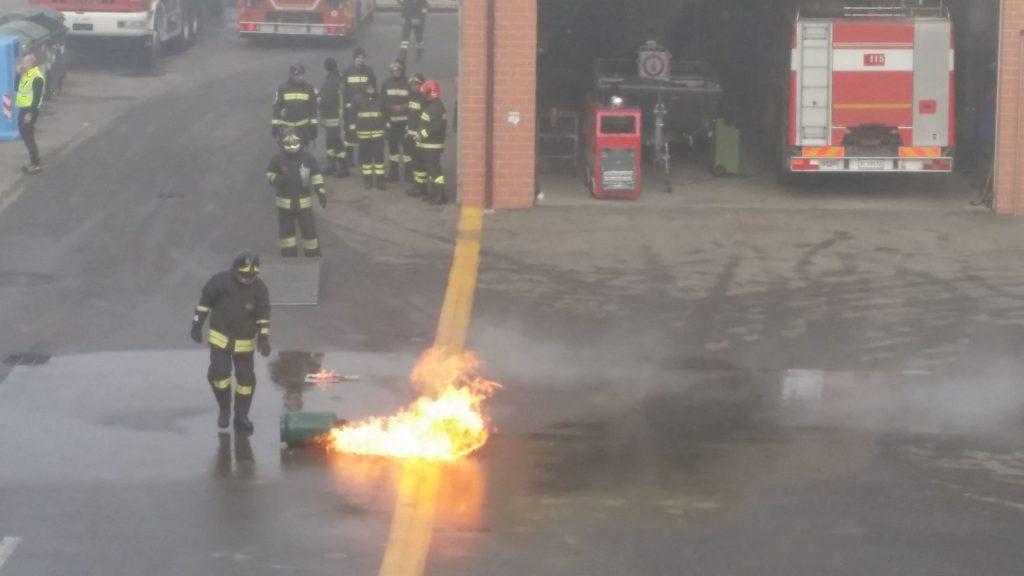 dimostrazione vigili del fuoco
