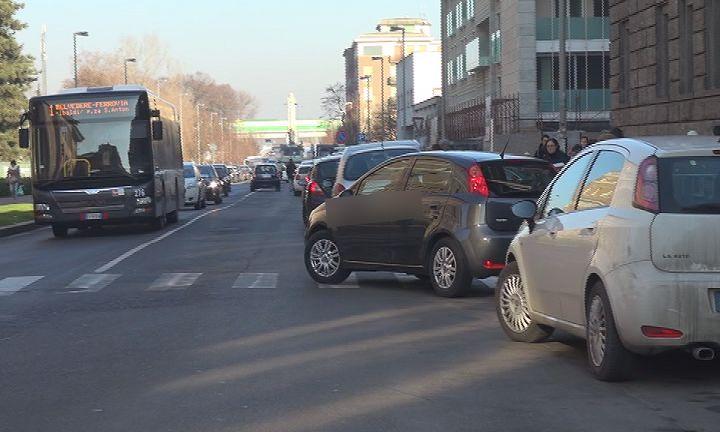 parcheggio selvaggio  (2)