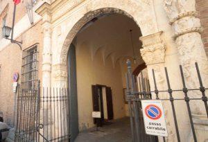 La banda dei finti carabinieri colpì anche nel Piacentino: due condanne