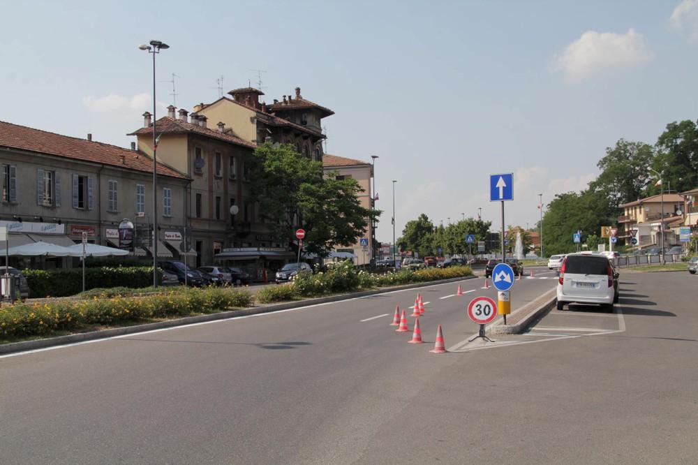 Vede i carabinieri e scappa, bloccato tenta la fuga: denuncia ed espulsione per un 30enne