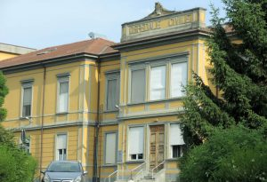 Farmaci salvavita rubati di notte all'ospedale di Castelsangiovanni: bottino da migliaia di euro