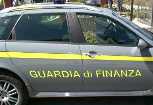 Blitz della Finanza in due locali a Castello: scovati 11 lavoratori non in regola