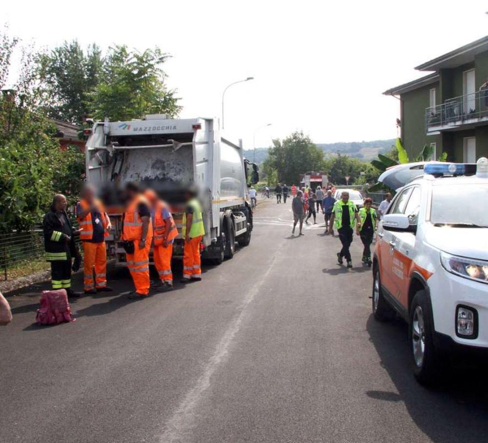Incastrato tra due camion dei rifiuti, muore 5 mesi dopo l'incidente