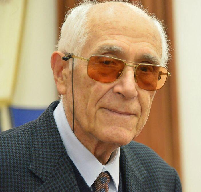 Lutto alla Croce Bianca: è morto il presidente onorario Carrara