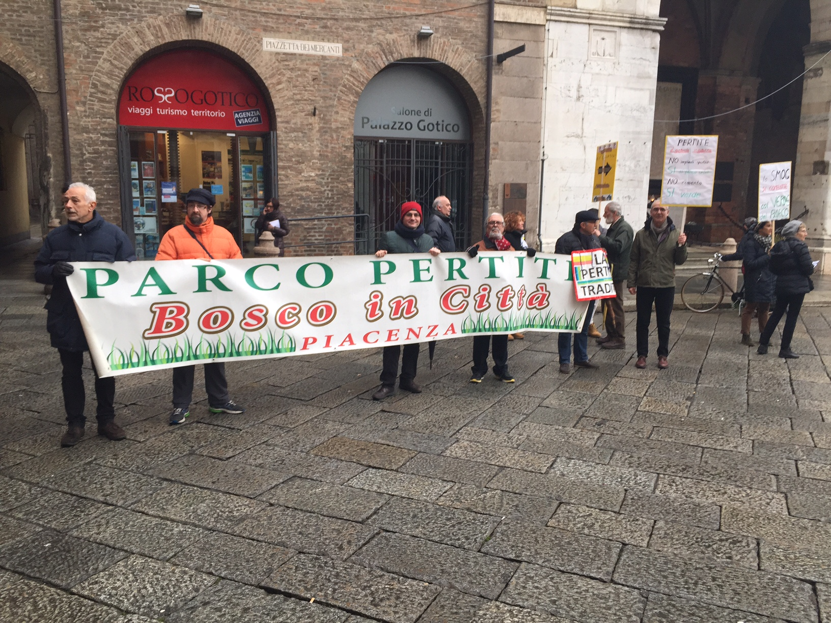 """Pertite, protesta del Comitato: """"Trentamila piacentini traditi dal Comune"""""""