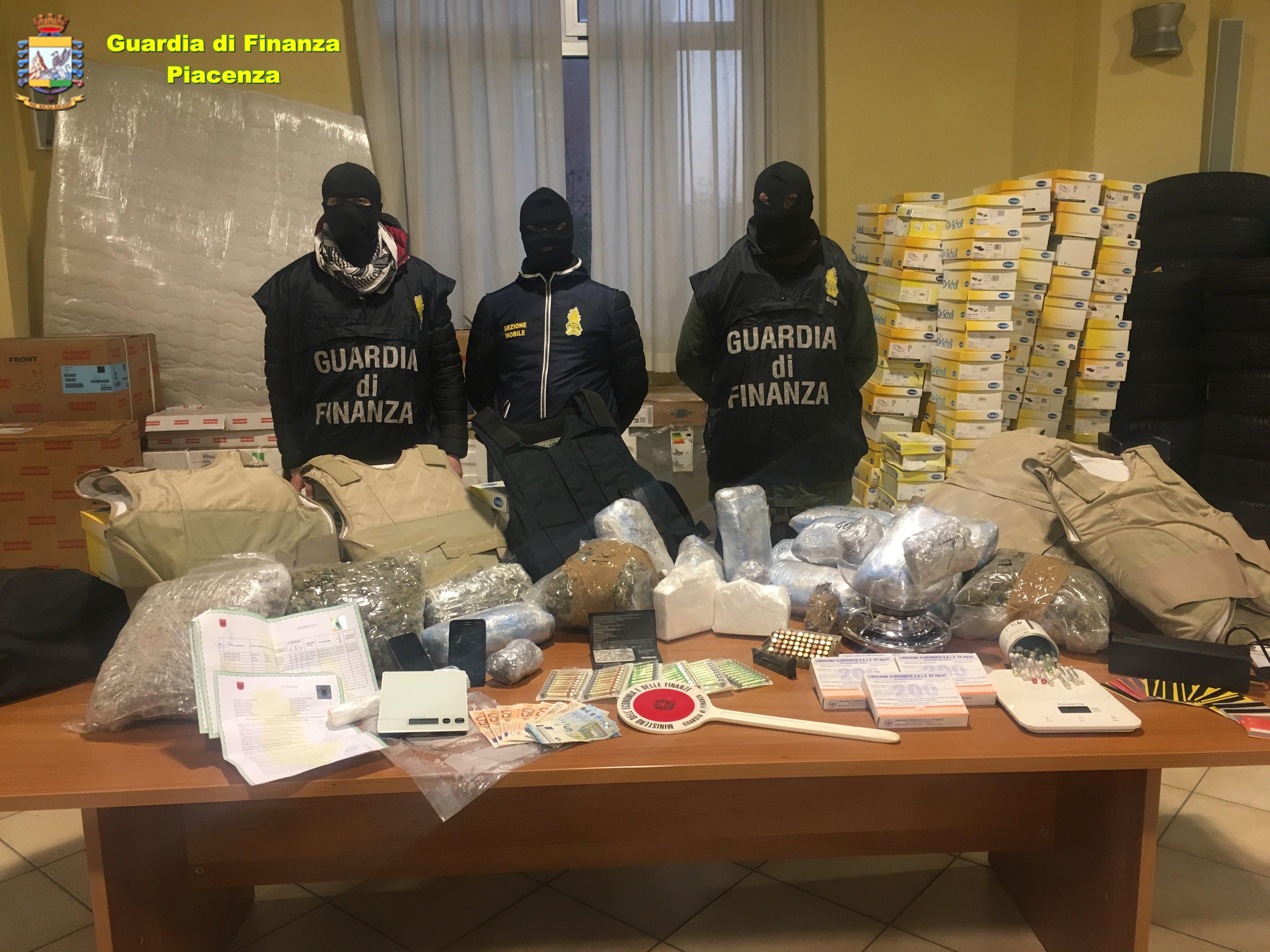 Il blitz contro il pericoloso latitante catturato a Piacenza
