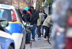"""""""Tariffa giornaliera troppo bassa"""": a rischio il bando per la gestione dei profughi"""