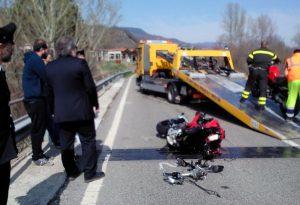 Tragico incidente a Bobbio: muore motociclista di 43 anni