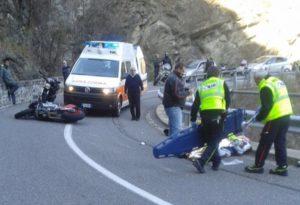 Scontro tra due moto a Rovaiola, migliorano le condizioni del ferito