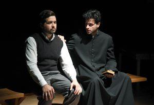"""""""Lo spiffero sottile"""": standing ovation del pubblico per i giovani attori"""
