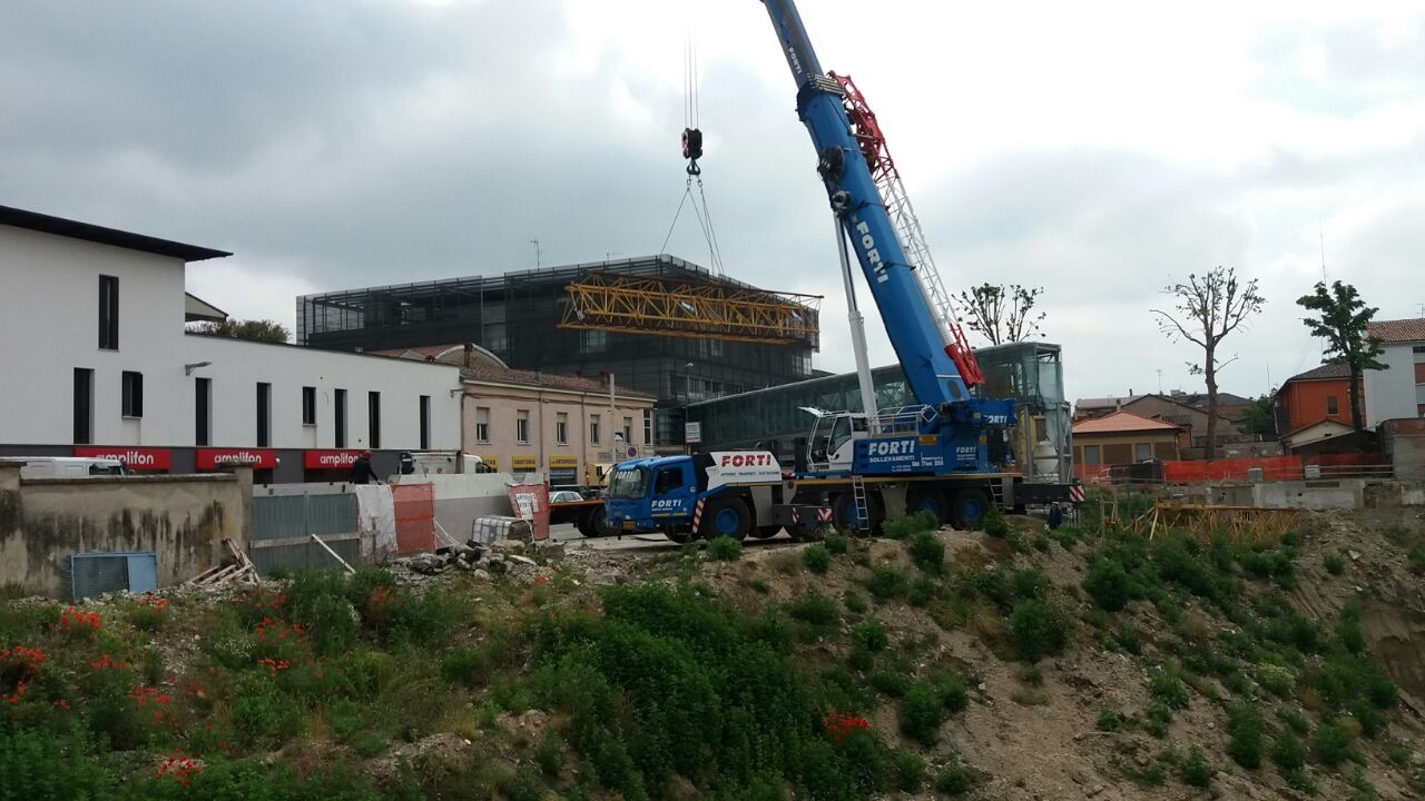 Riprendono i lavori per la realizzazione dell'ospedale. Erano fermi da agosto