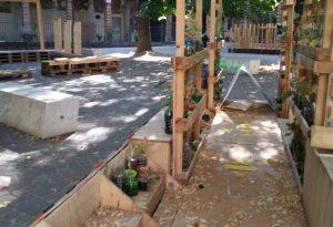 Piazzetta Plebiscito, danneggiate le opere di micro-architettura