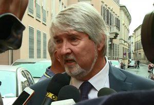 Confcommercio: voucher tra pro e contro con il ministro Giuliano Poletti
