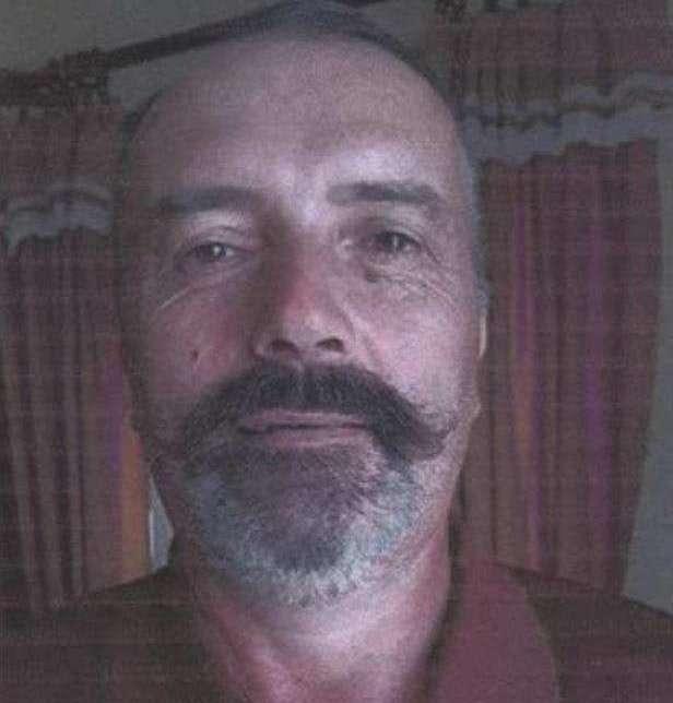 """Scomparso da 39 giorni. I familiari: """"Se lo vedete aiutatelo e chiamate i carabinieri"""""""