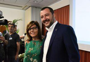 """Salvini al sindaco Barbieri: """"Brava Patrizia, ma adesso viene il bello"""""""