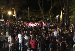 """Bascherdeis, subito folla per il """"giorno zero"""" dedicato alla musica"""