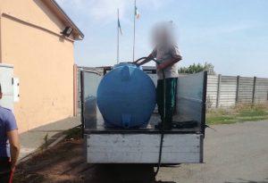 Con un idrante comunale riempie una botte da mille litri: arrestato